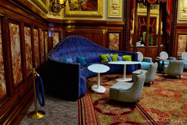 Monte-Carlo-Casino-corner-sofa