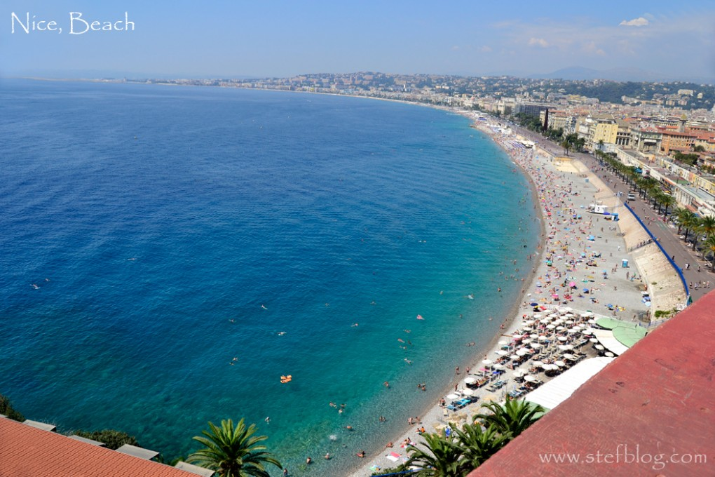 Nice-Beach-view-from-Le-Chateau