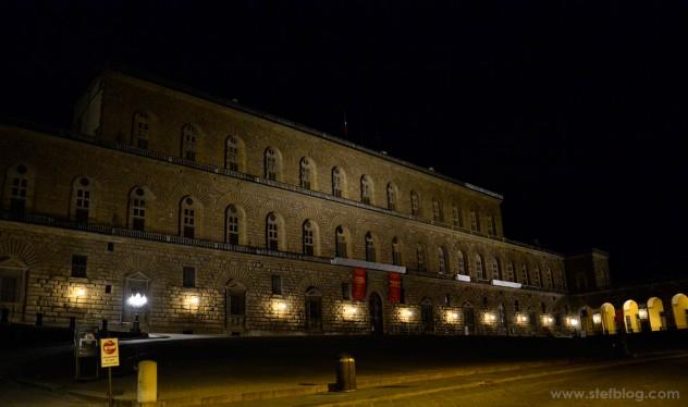 Palazzo-Pitti-Firenze-at-Night