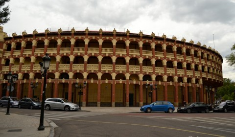 Plaza de Toros - Zaragoza (full view)