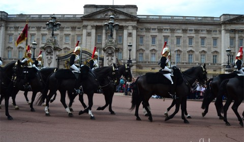 Royal-guard-Buckingham-Palace