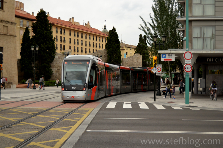 Mijloc de transport în comun - tramvai din Zaragoza