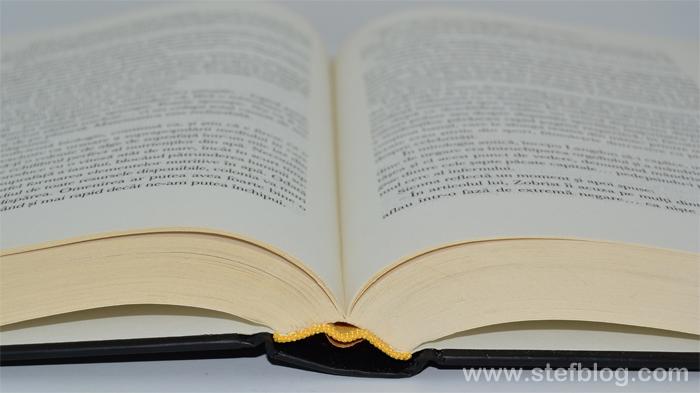 O carte - cel mai potrivit cadou