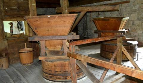 Moara de lemn din Bucovina