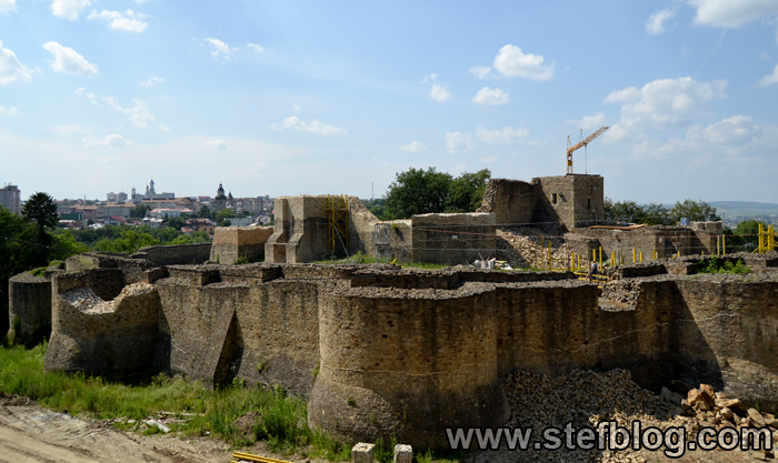 Ruinele cetatii de scaun din Suceava