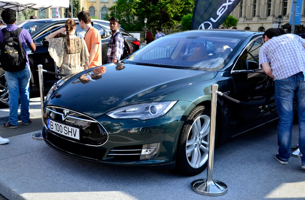 tesla-model-s-bucharest-tech-week